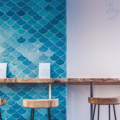 island poké interior design